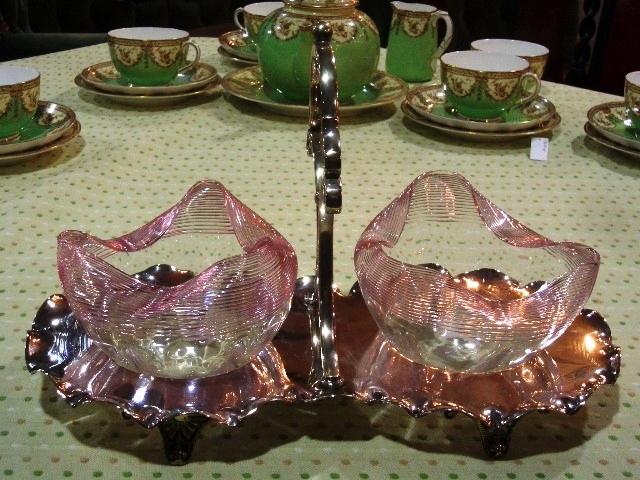 グラス・ボール(2)&シルバープレート・スタンド アンティーク 銀・銅製品ほか
