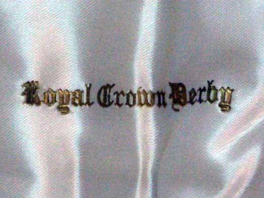 ロイヤルクラウンダービー(Royal Crown Derby)  ナイフ・フォーク セット箱入り 未使用 アンティーク カトラリー