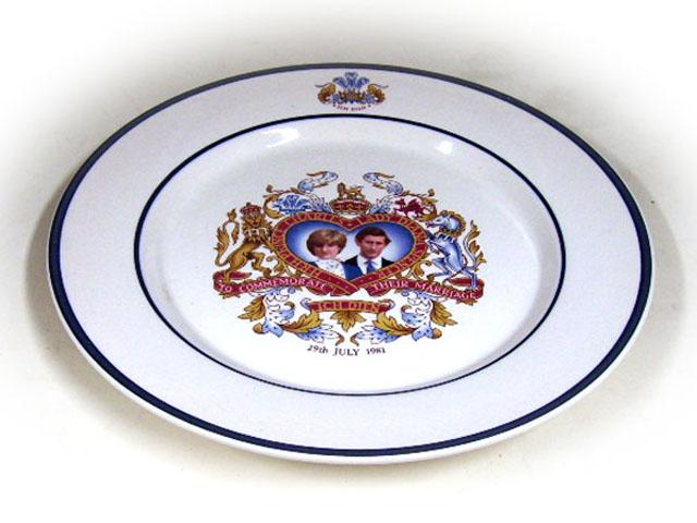 英国王室 プレート ダイアナ&チャールズ アンティーク 英国王室グッズ