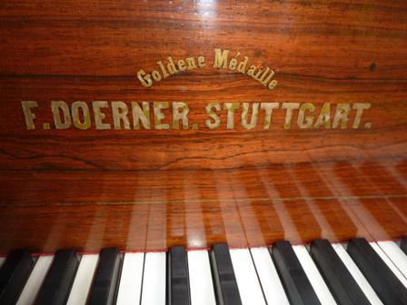 グランドピアノ Goldene Medaille  F.DOERNER/STUTTGART アンティーク その他