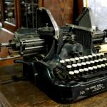OLIVER タイプライター