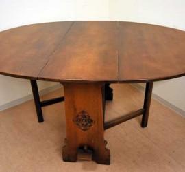 バタフライ テーブル