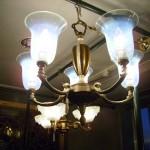 アンティーク 5灯シャンデリア (ヴァセリン シェード 5個付き)