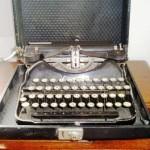 タイプライター CORONA